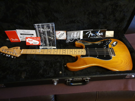 Fender American Special Stratocaster Nitro 2012 Honeyburst Everything Axe Loaded Pickguard