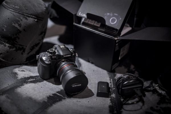 LUMIX GH4-R + adaptador canon + baterias