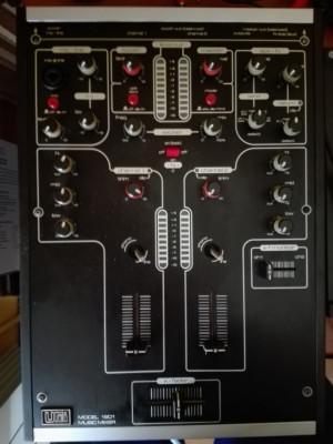 UrEi 1601 Music Mixer