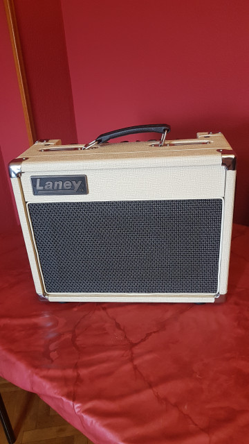 laney vc15-110 limited Edition old english white 2010