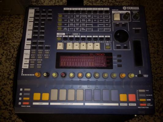 Sampler Secuenciador Yamaha SU700