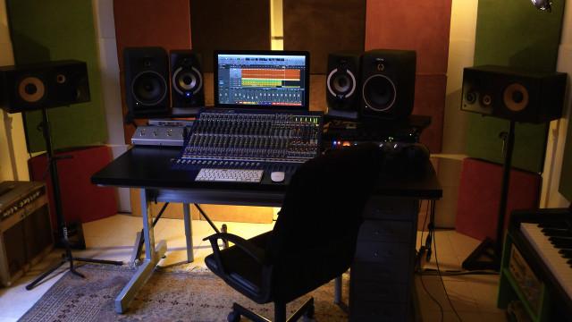 CLASES DE PRODUCCIÓN MUSICAL - CUBASE / LOGIC PRO