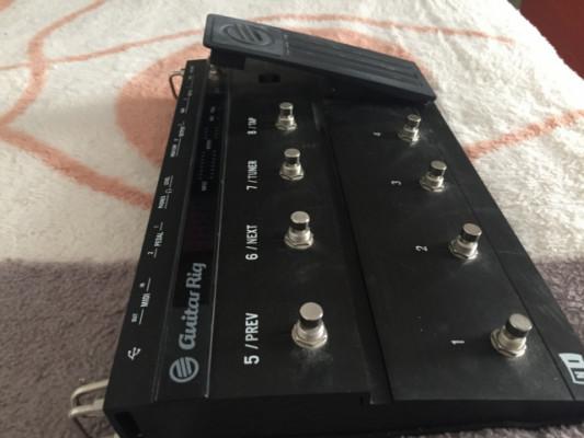 guitar rig kontrol      70 euros