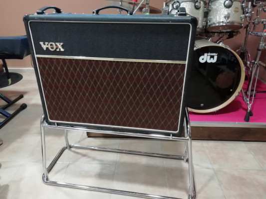 "Stand cromado para VOX - AC 30 ""Beatles"""