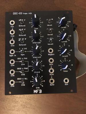 Módulo OSC-03 Triple VCO MFB
