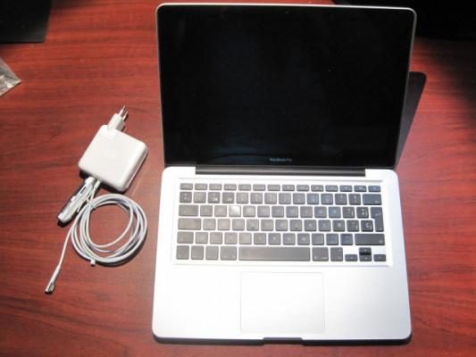 Macbook Pro 13 i5 ampliable ssd y 16Gb