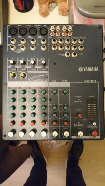 Mezclador Yamaha MG-10/2