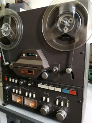 Magnetofon Tascam 32