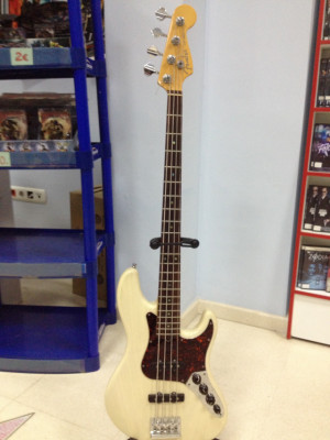 1998 Fender American Deluxe Series Jazz Bass Ash Body
