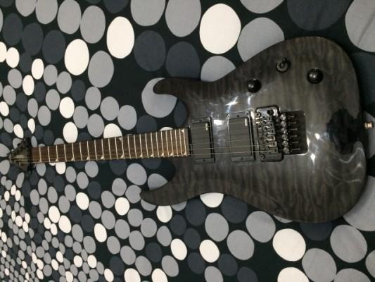 ÚLTIMA REBAJA Jackson SLATXMGQ3-6 Soloist X- Transparent Black