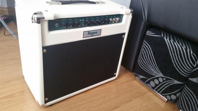 Combo de Guitarra a Válvulas Ibanez TSA30.
