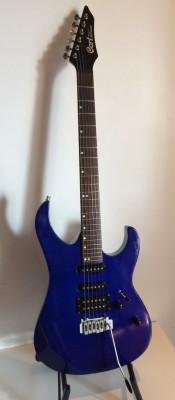 Guitarra eléctrica Cort solo series. puente wilkinson
