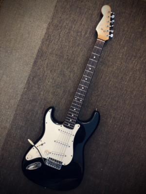 Fender Stratocaster Japan 85 zurdo zurda