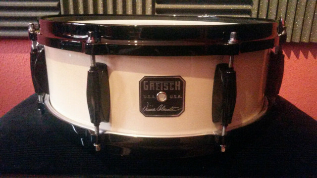 New Old Stock 2008 Gretsch V-05148W Vinnie Colaiuta Signature