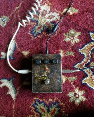 Electro Harmonix knockout attack