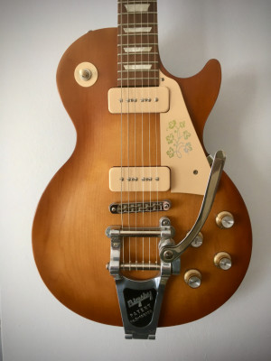 Gibson Les Paul 60's Tribute P-90 con Bigsby y mejoras