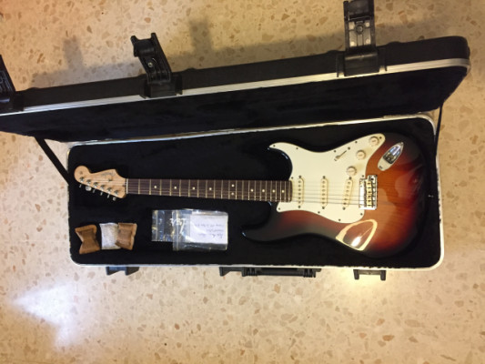 Fender stratocaster american standar.