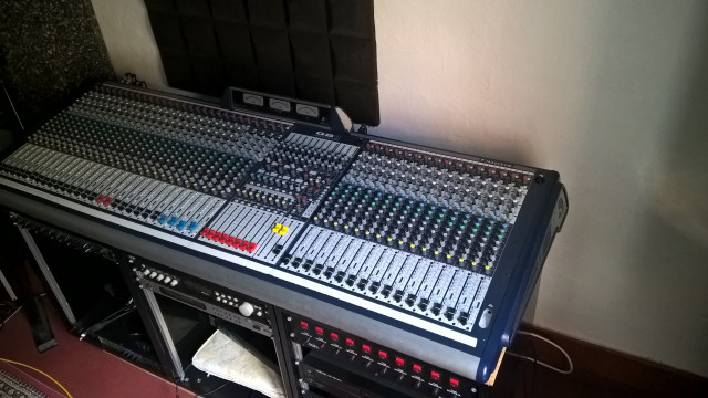SOUNDCRAFT GB 8 40 canales