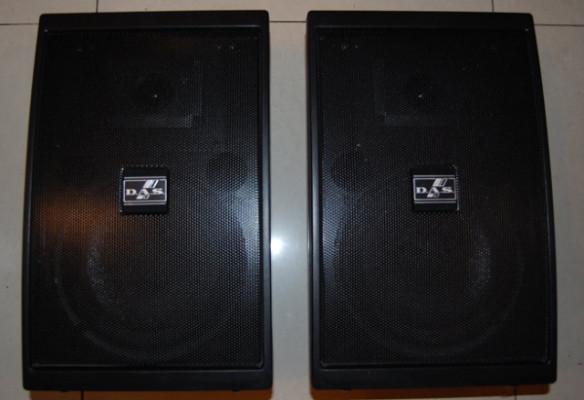 Altavoces monitores DAS factor 8