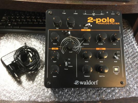 Waldorf 2 Pole Analog Filter, con soportes y envio incluido.