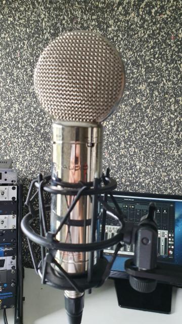 Microfono a valvulas m audio sputnik the tube