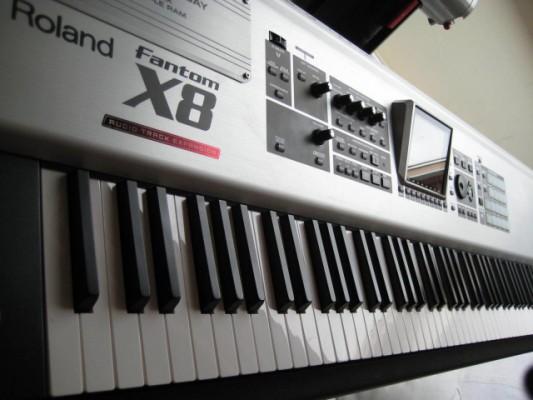 Roland Fantom X8 vendo