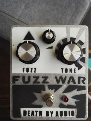 Pedales Varios (Carbon Copy, Fuzz War, Boss, Holy Grail, Chorus)