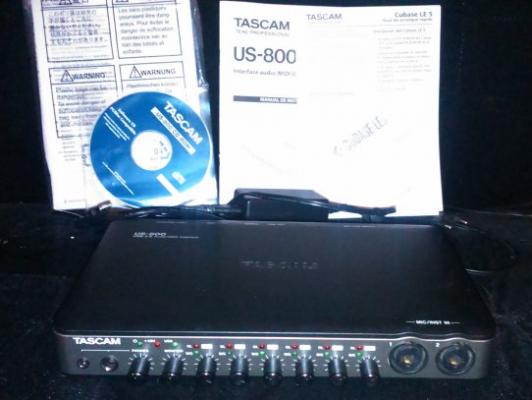 Tascam US-800