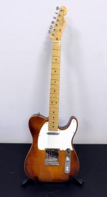 Fender Select Series Telecaster de 2012 (cambio por Gibson Les Paul Custom o Standard)