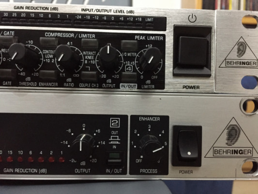 Autocom MDX1200 Behringer