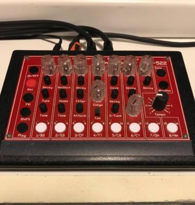 Drum machine mfb 522 (808 style)
