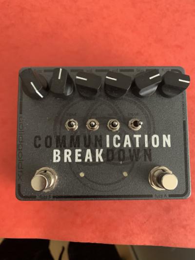 o cambio SolidGoldFX Communication Breakdown