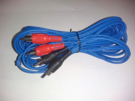 Vendo: Cable RCA a RCA 2+2. 5 metros. RCA cable to RCA 2+2.
