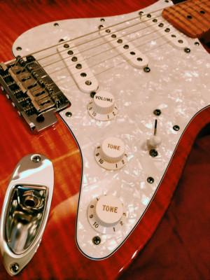 Fender American Select Stratocaster SSS 2012