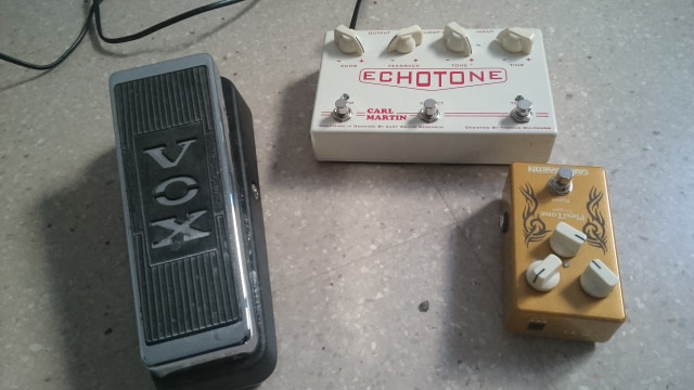Lote pedales echotone plexitone vox made in usa. Carl martin