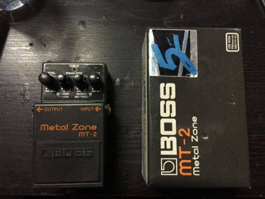 Boss MT-2 MetalZone