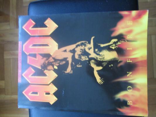 Ac/Dc: Bonfire/Guitar Tablature Edition/ Book/ Libro partituras