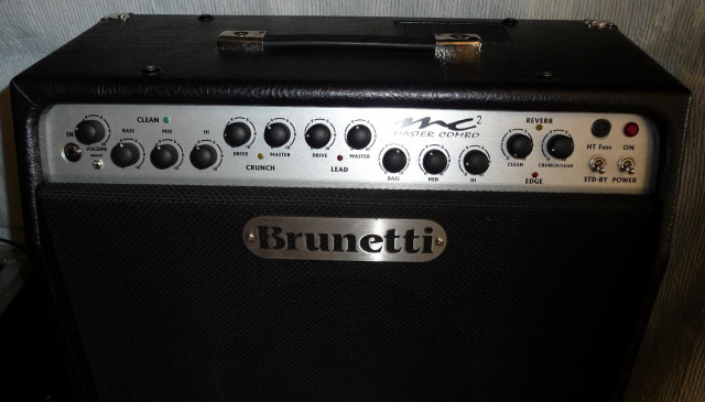 Combo MC2 60w. Brunetti 3 canales