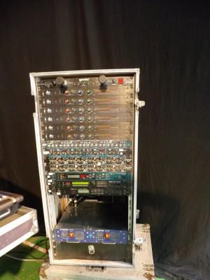 dbx 160A, BSS DP-404, Altair CN-220, Drawmer DS-404