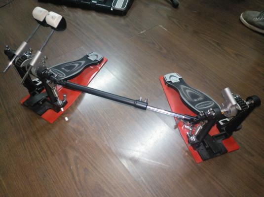 Vendo pedal doble de batería como nuevo marca Milenium PD-222 pro series BD