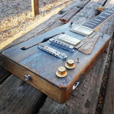Cigar Box Guitar Loluthier Missouri Custom LP.