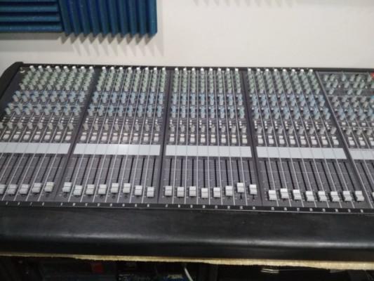 Mesa de mezclas Fender MX-5200