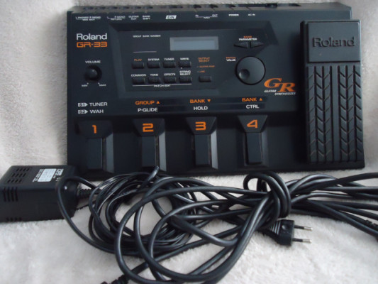 Sintetizador de guitarra Roland GR-33