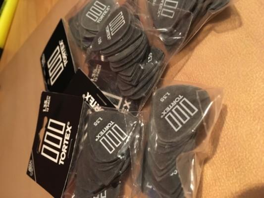 Dunlop Tortex III 1.35 12pcs