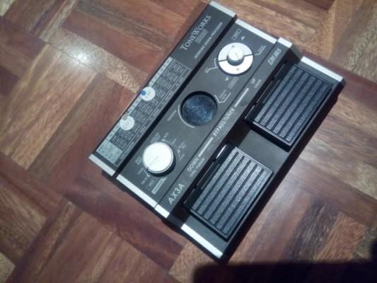 Vendo pedal de efectos de amplificadores de guitarra acustica