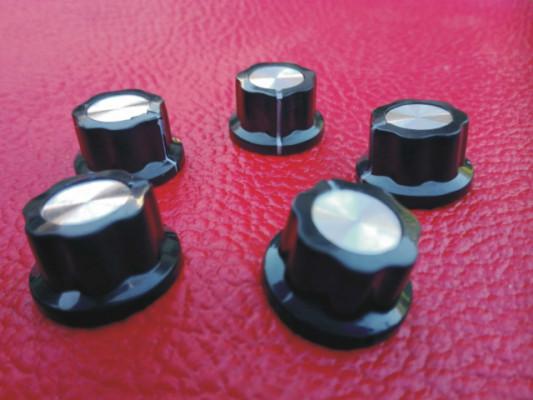 5 Botones de potenciómetro BOSS (sujección a presión)