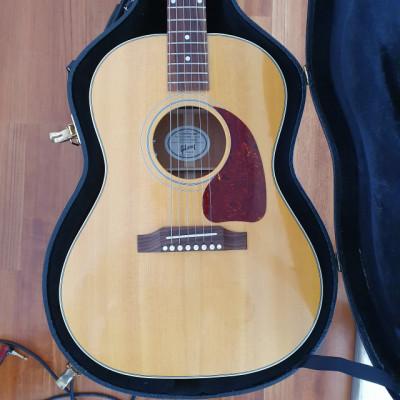 Vendo o Cambio - Gibson Acoustic American Eagle LG2