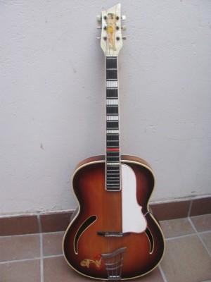 Guitarra de jazz Höpf, años 50