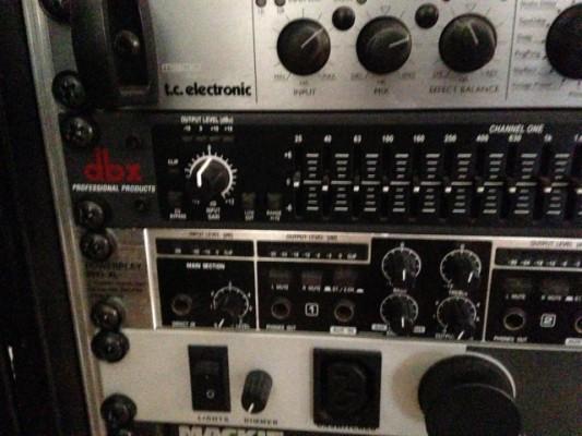 Ecualizador Dbx 215