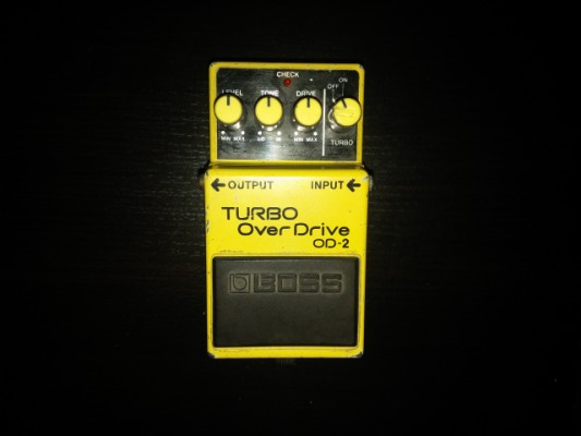 O cambio Boss Turbo Overdrive OD-2